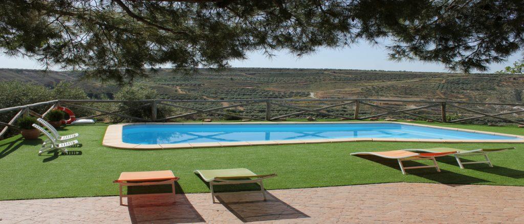 Oferta de verano en casas cueva cazorla vacaciones en hinojares - La casa de la piscina cazorla ...